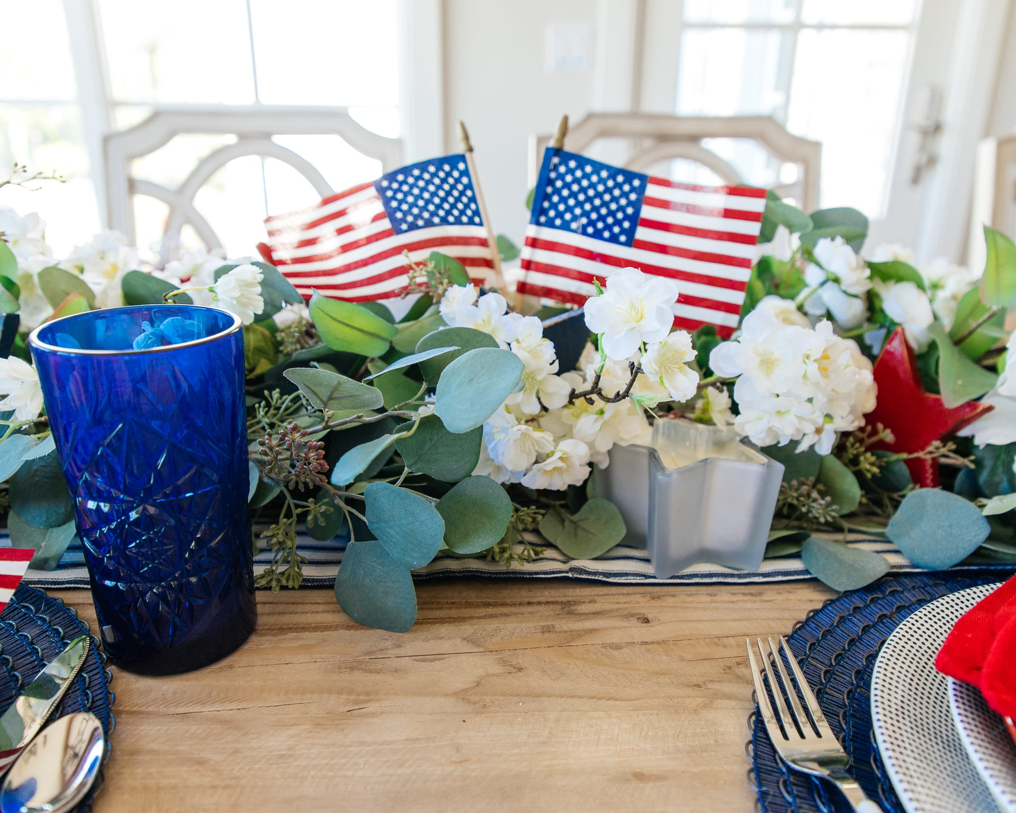 red white and blue patriotic tablescape