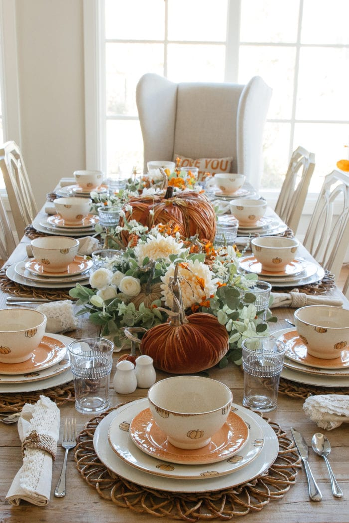 Pumpkin Themed Fall Tablescape
