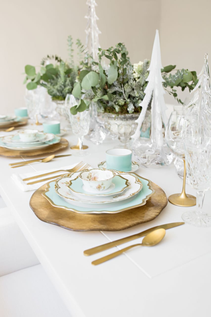 aqua and gold chine dinnerware vintage limoges china pacesetting dinnerware tablescape table setting gold aqua hostess entertaining
