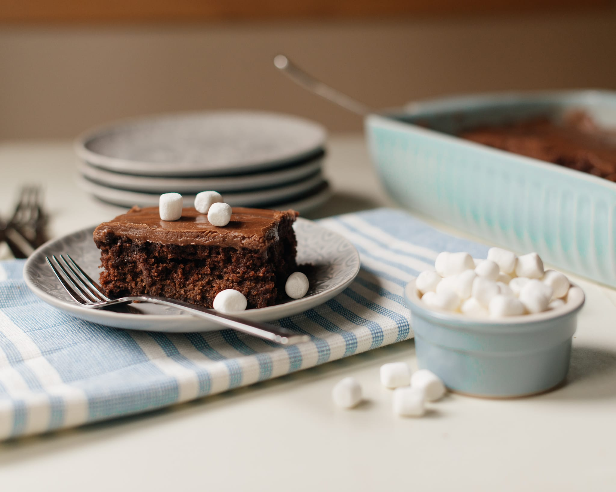 chocolate cake, chocolate, cake recipes, chocolate cake recipes, ganache frosting, frosting, homemade, family recipes, comfort food, dessert, dessert recipes