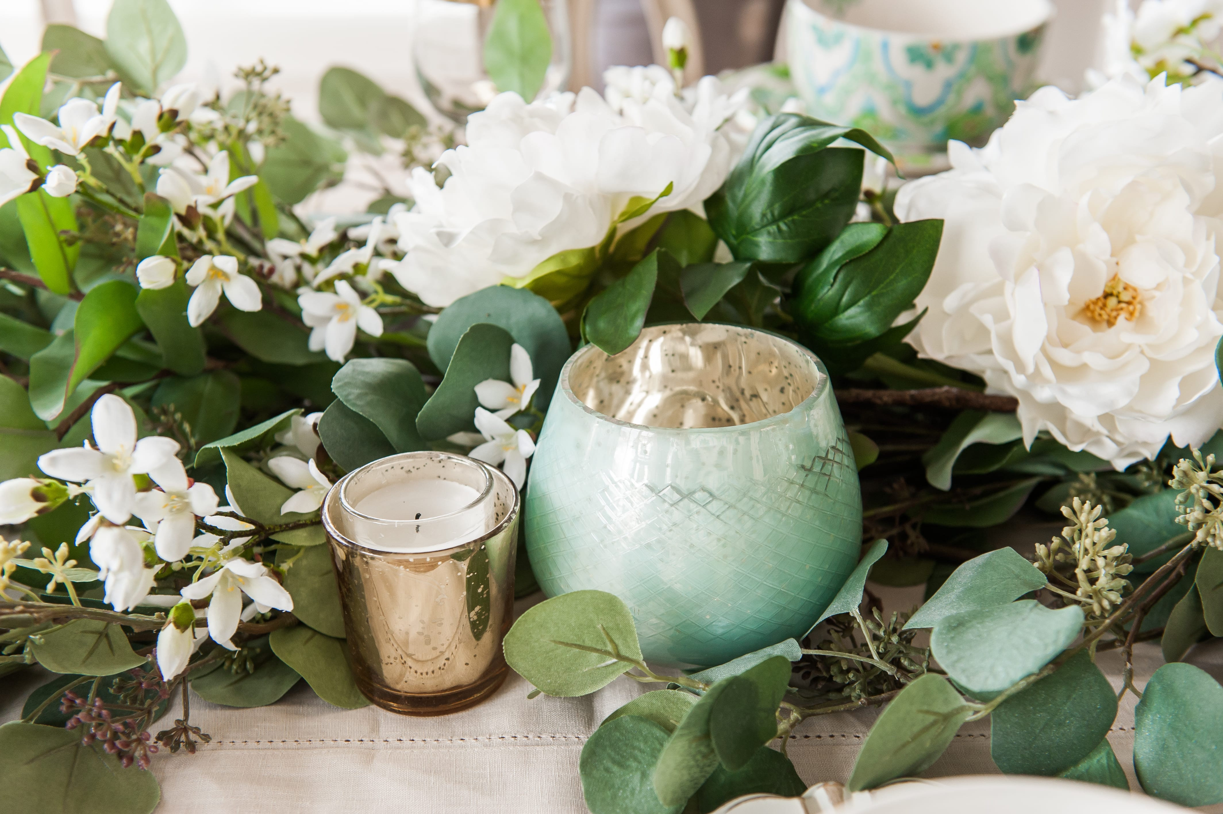 Tablescape spring Tablescapes st. patricks day table decor blue green and white table setting dinnerware easter tablescape easter dinner table dining room table setting place setting table decor idea garland centerpiece table runner