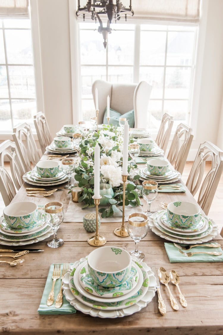 Tablescape spring Tablescapes st. patricks day table decor blue green and white table setting dinnerware easter tablescape easter dinner table dining room table setting place setting table decor ideas