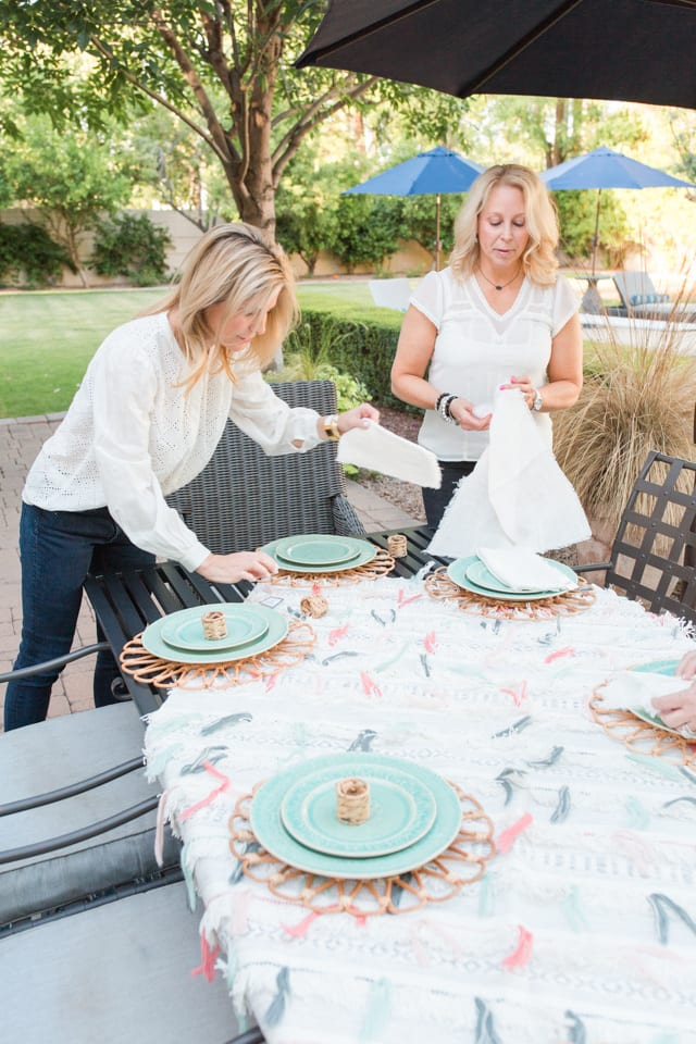 table setting, place setting, table decor, tablescape, anthropologie , dishes, dinnerware, entertaining ideas, outdoor entertaining, summer entertaining