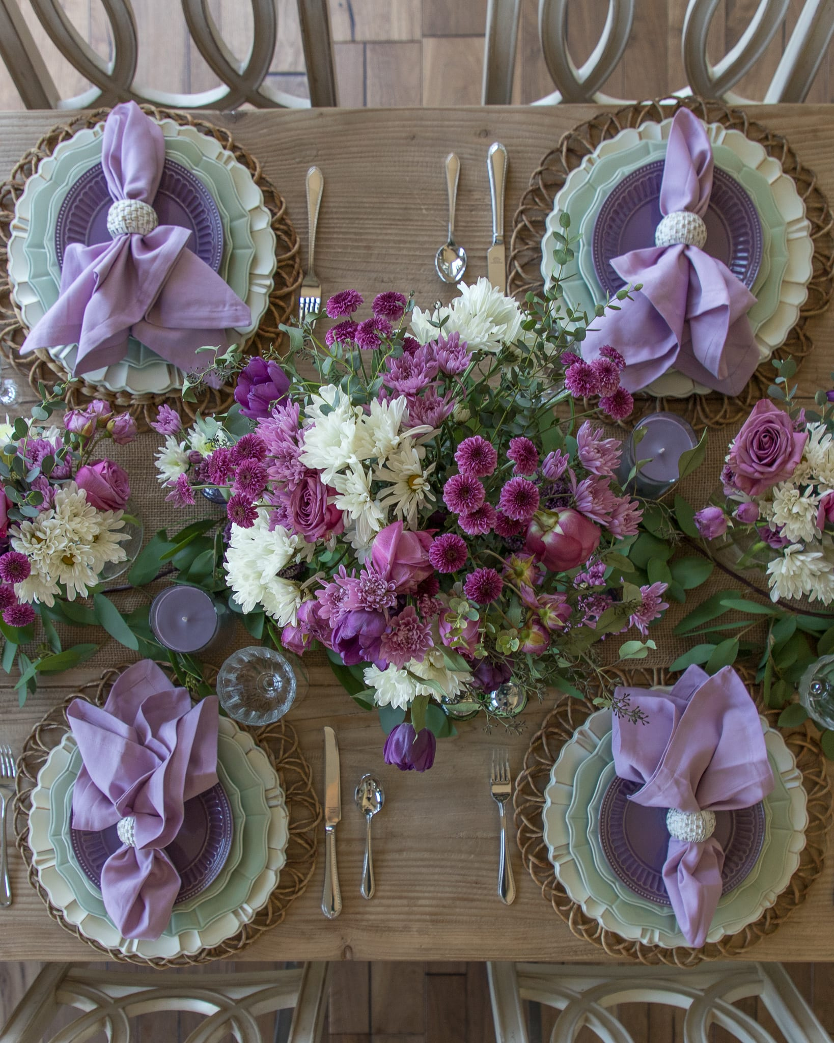 lavender and mint green Tablescapes centerpiece