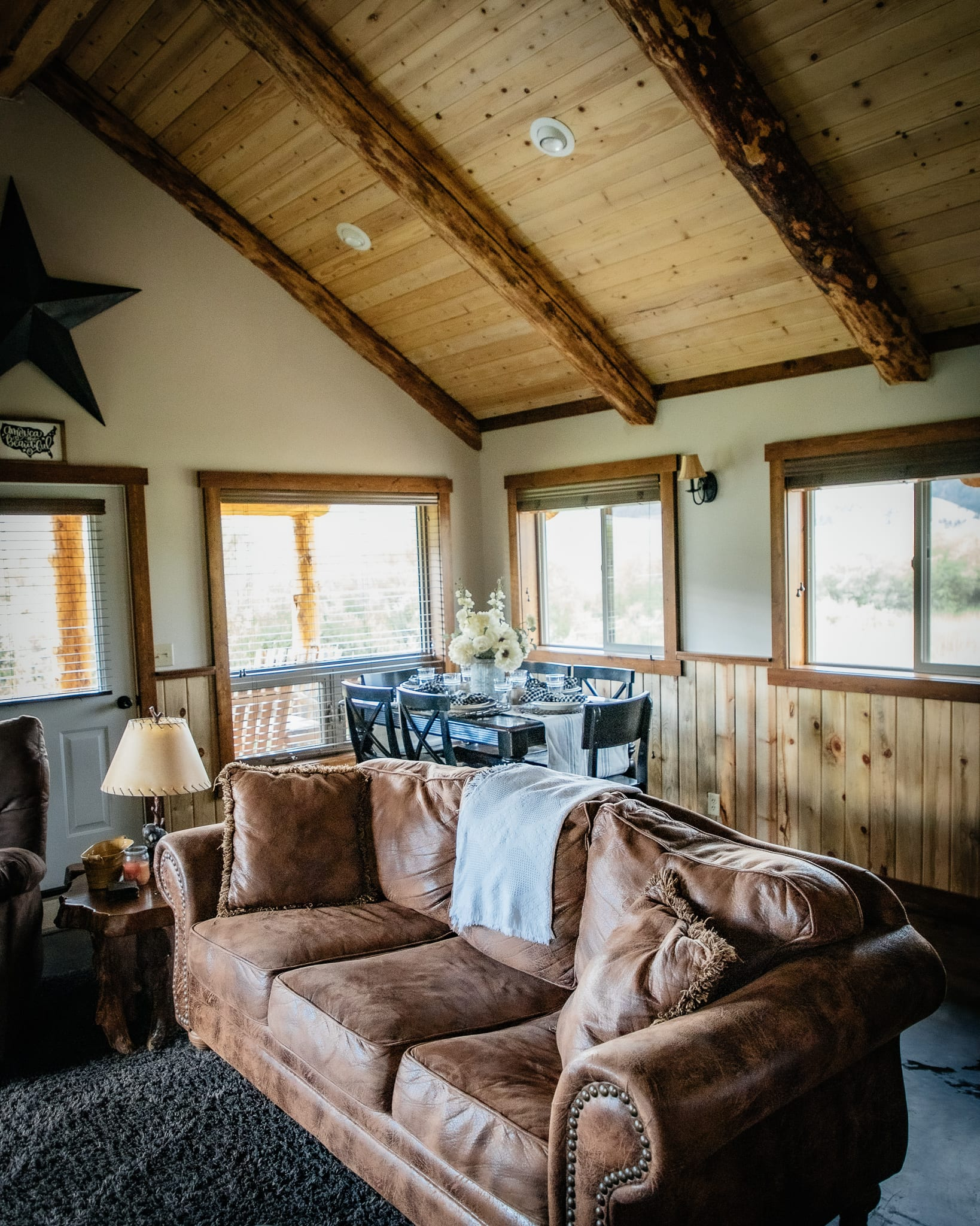 montana cabin living room vacation rentals in montana