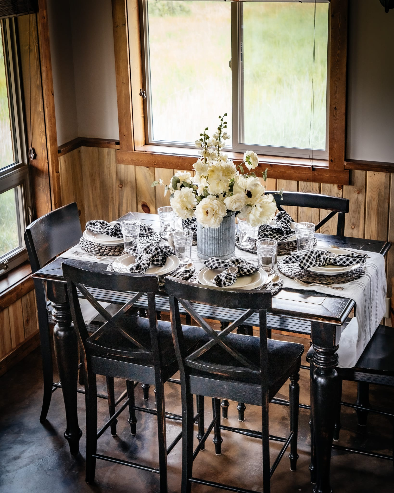 cabin black and ivory buffalo check tablescape montana cabin rental