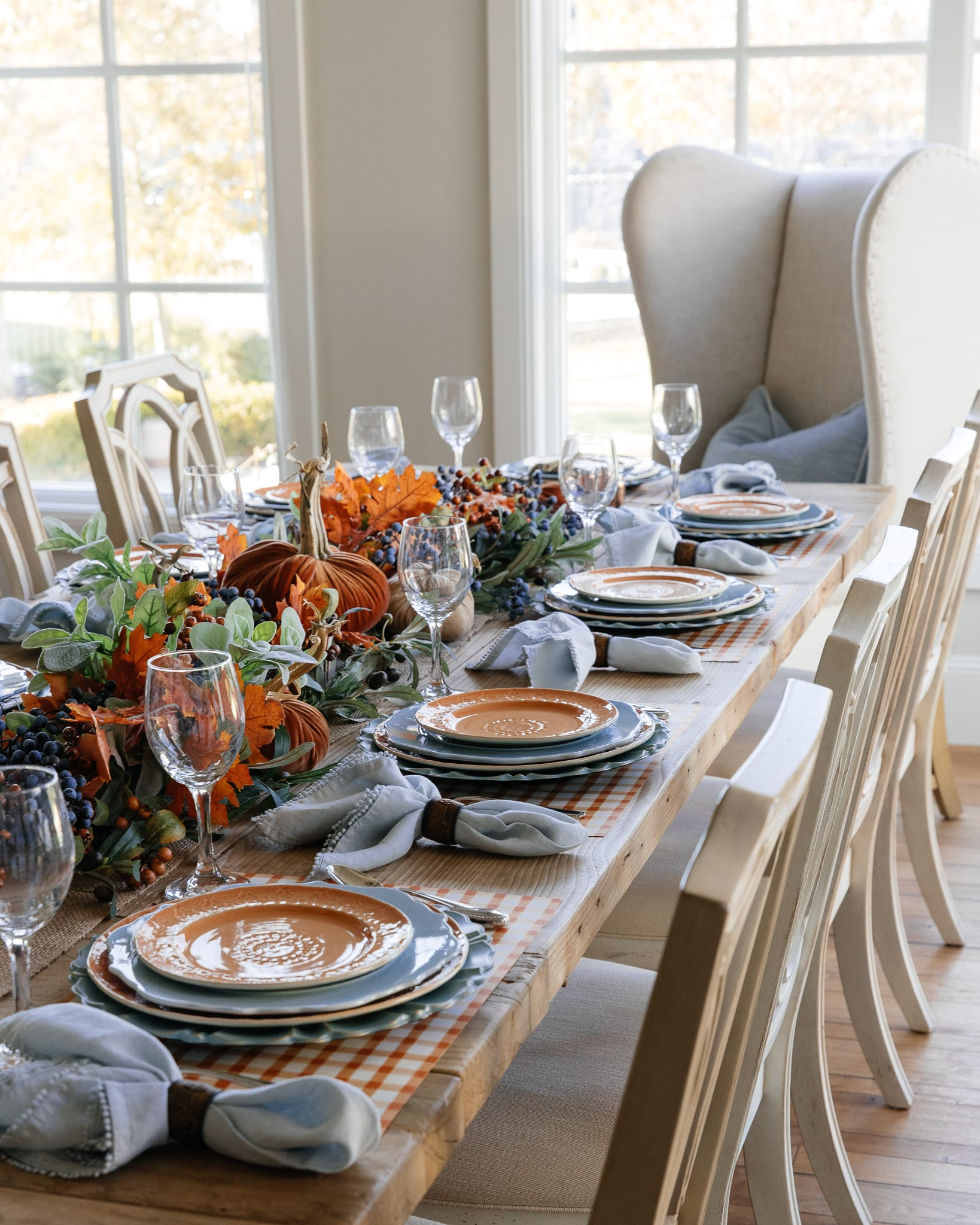 blue and orange tablescape side view