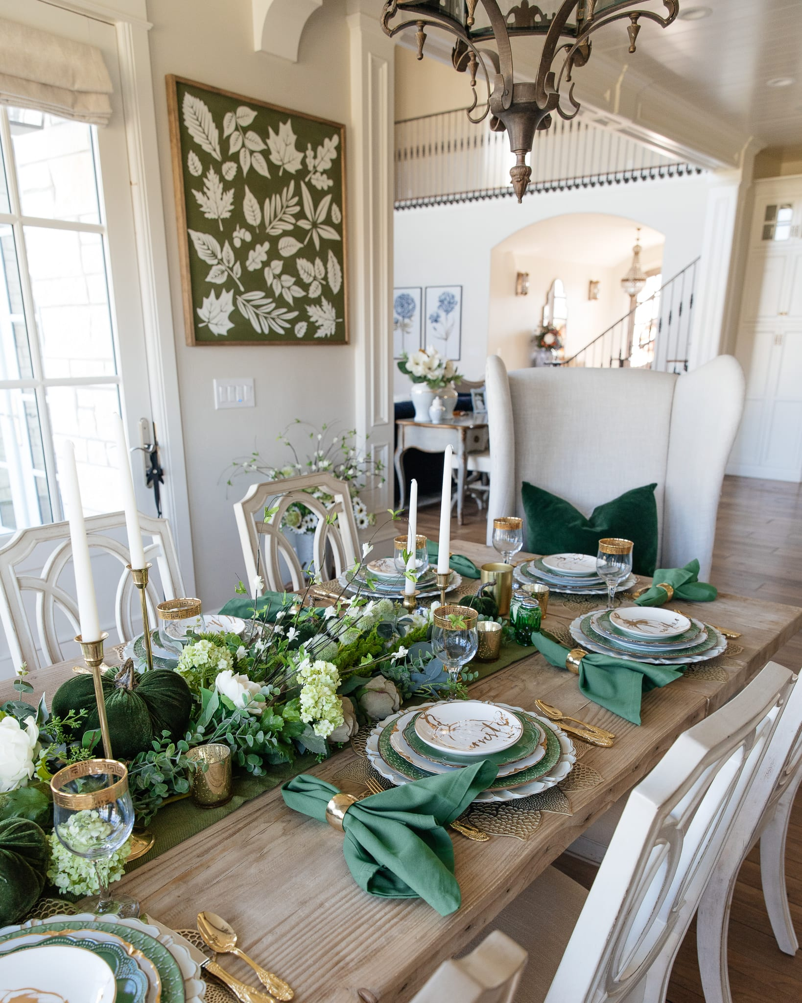 green and gold pumpkins tablescape