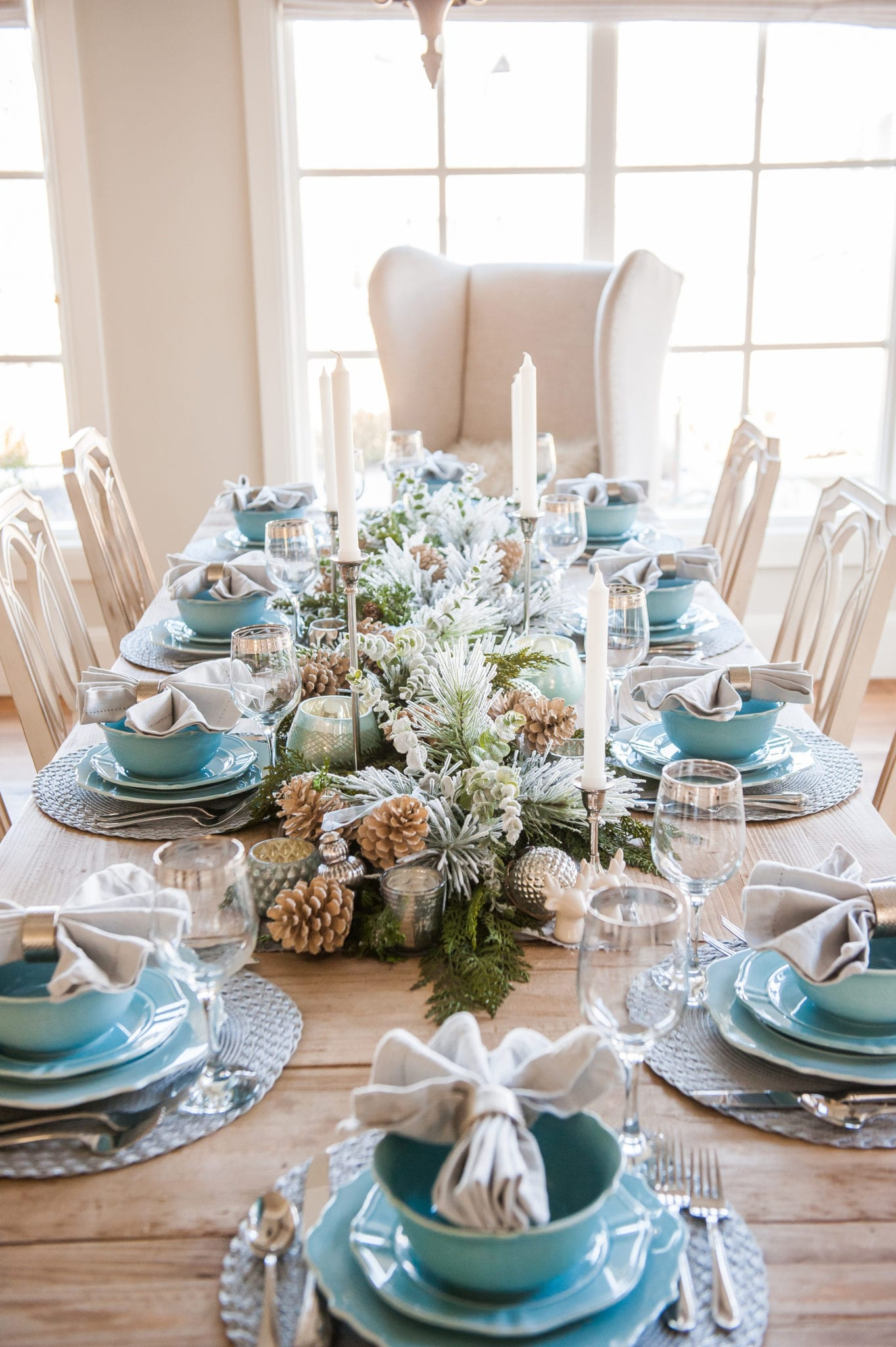 blue, silver, green tablescape