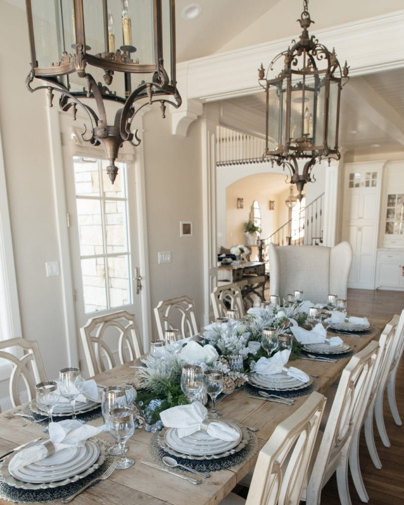 white and silver tablescape