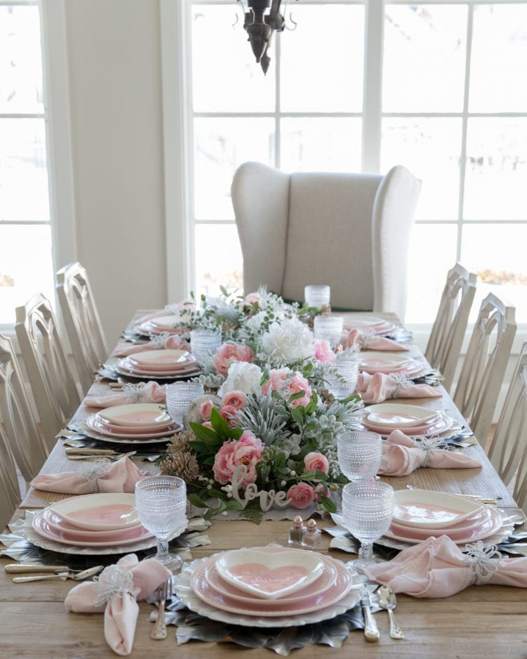 Pink Hearts Tablescapes