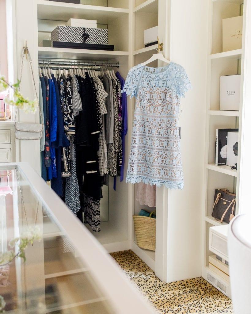 closet hanging