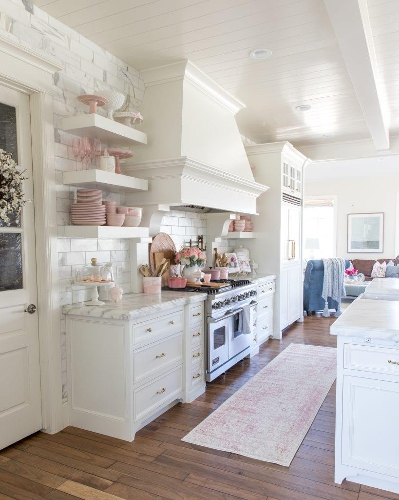 Spring decor kitchen