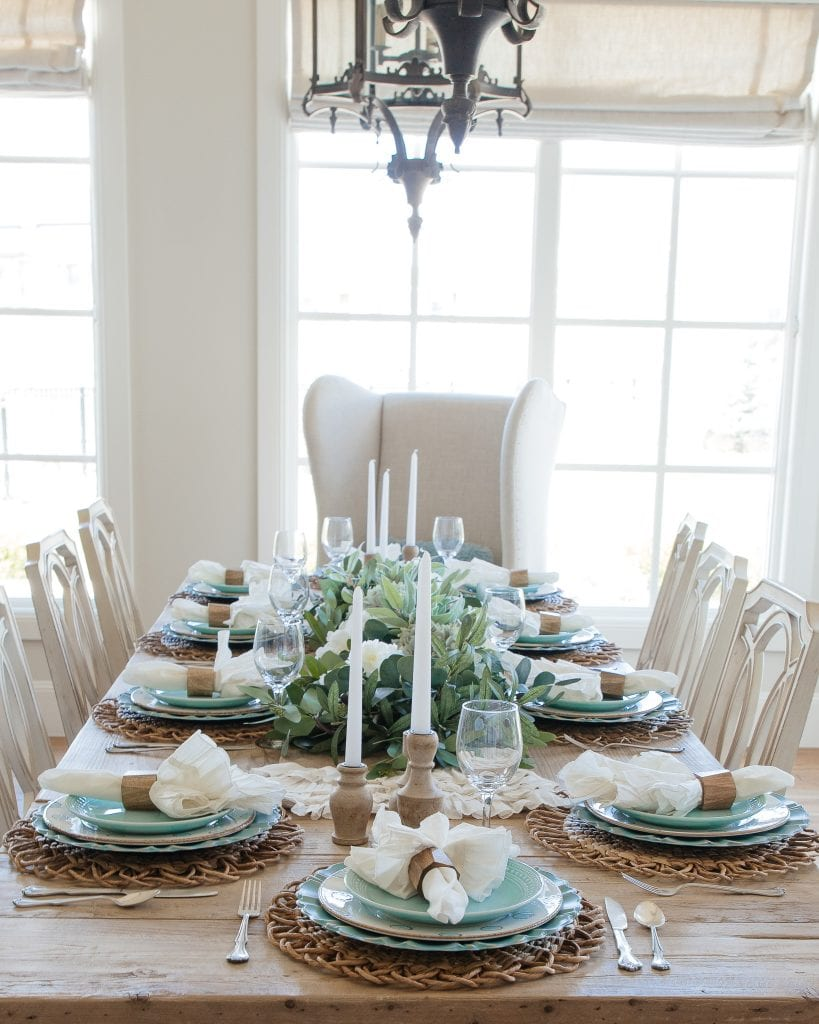robbins egg blue tablescape