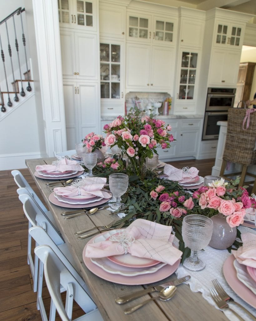 pink mothers day tablescape