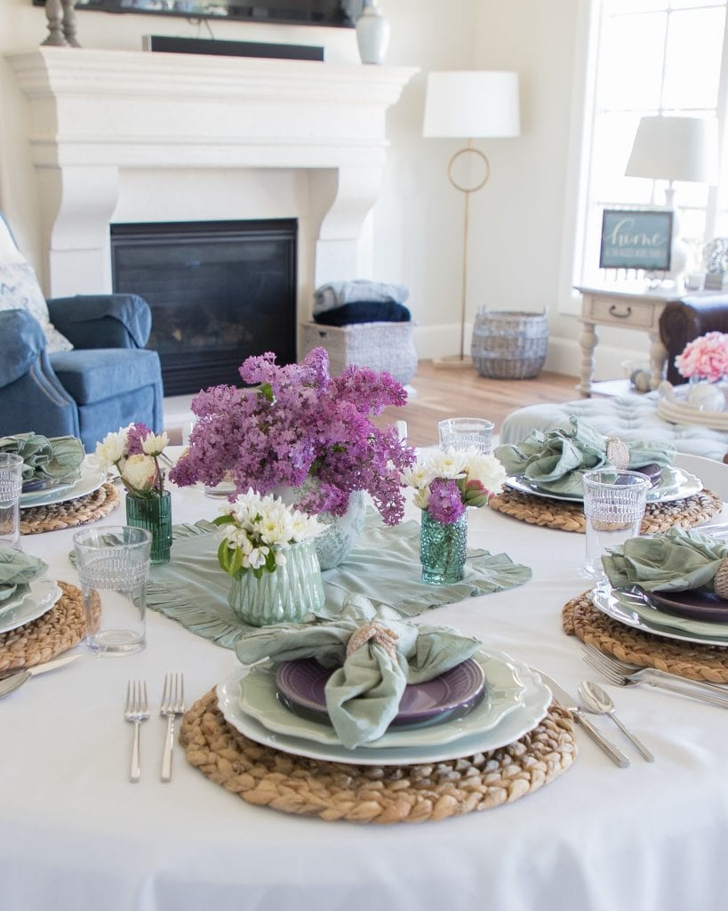 lavender and mint green mothers day tablescape