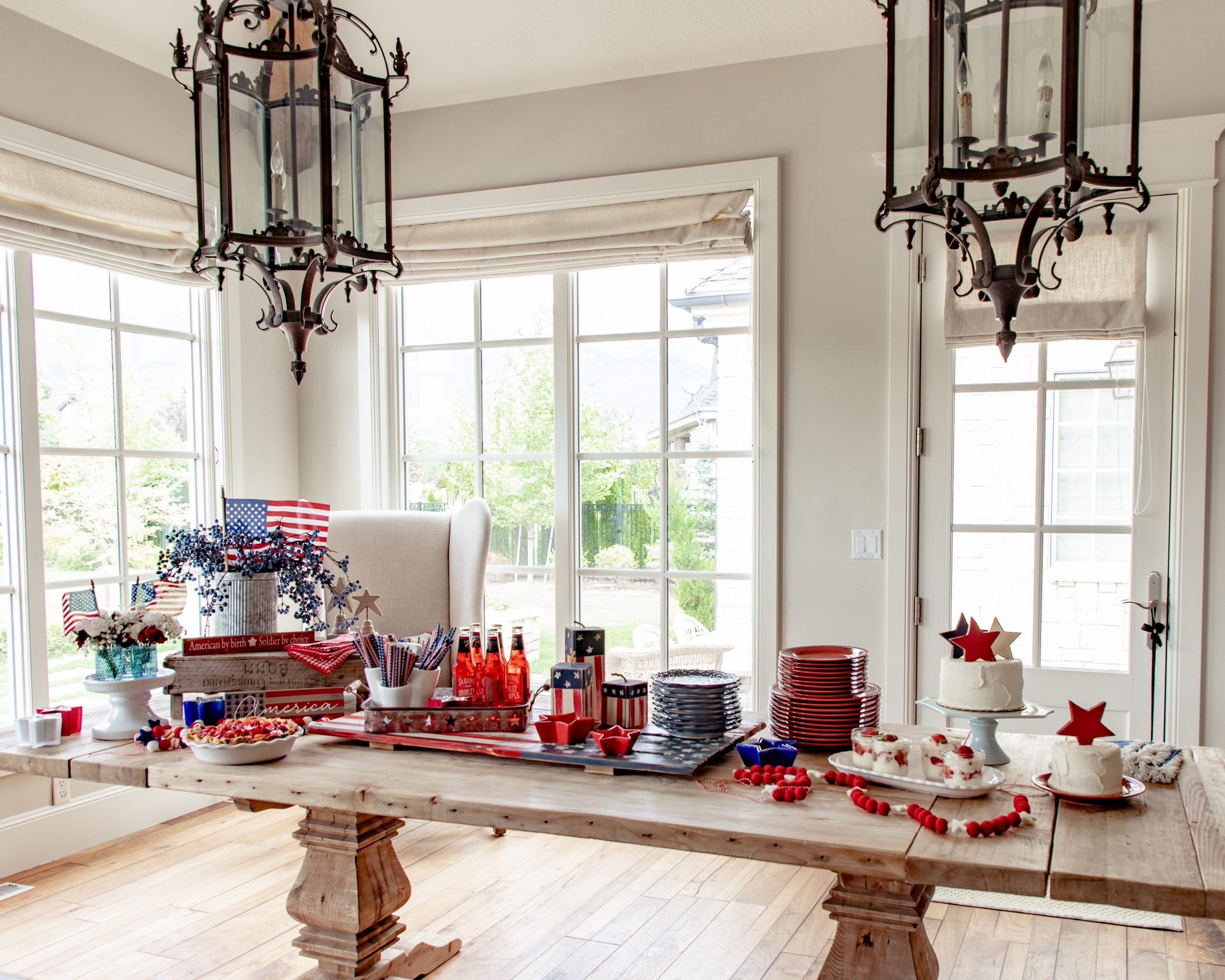 Fourth of July Party Tablescape Ideas