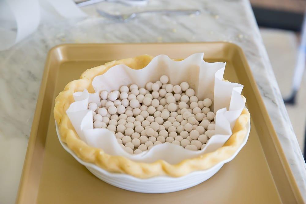 pie crust using pie weights