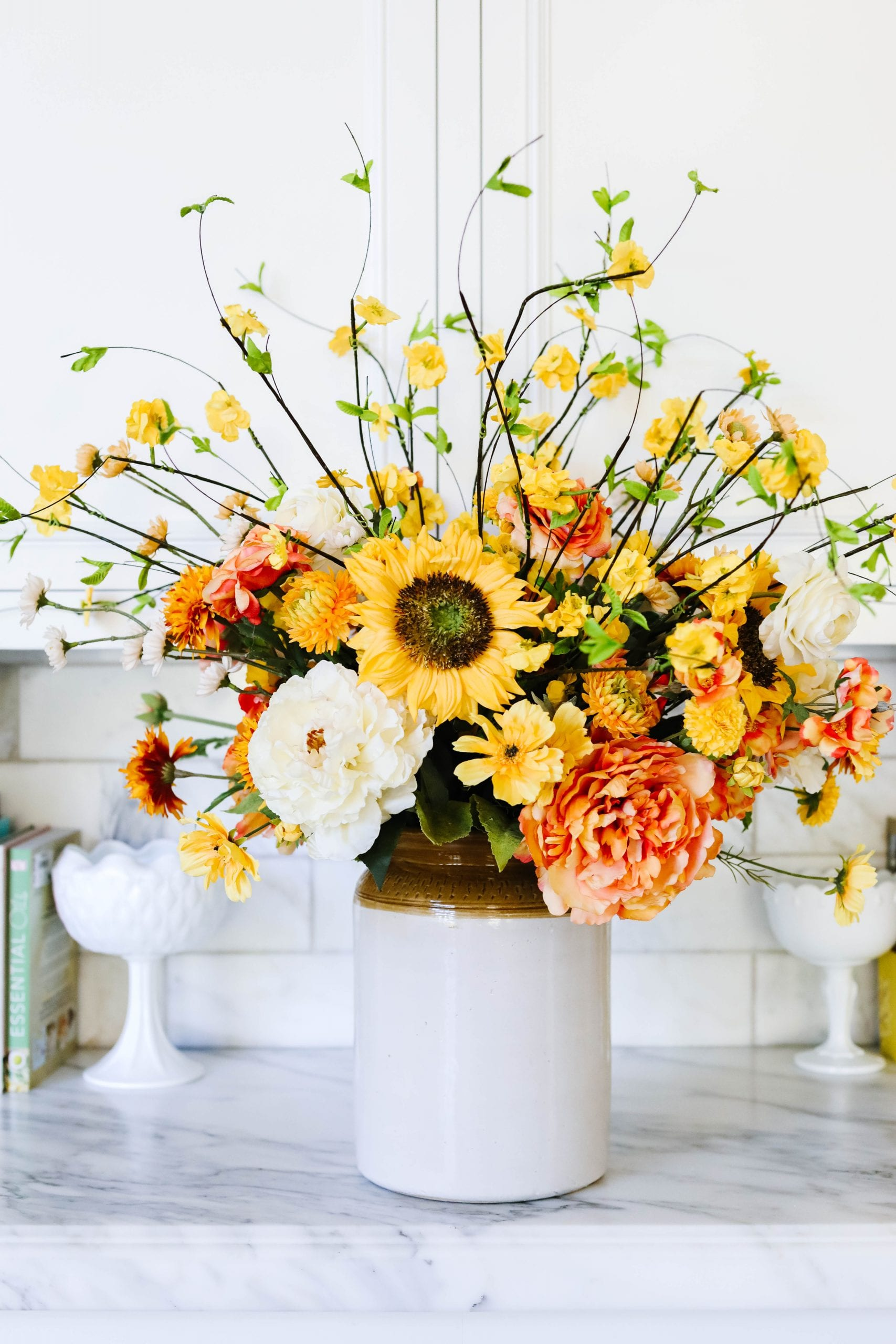 summer sunflower arrangement