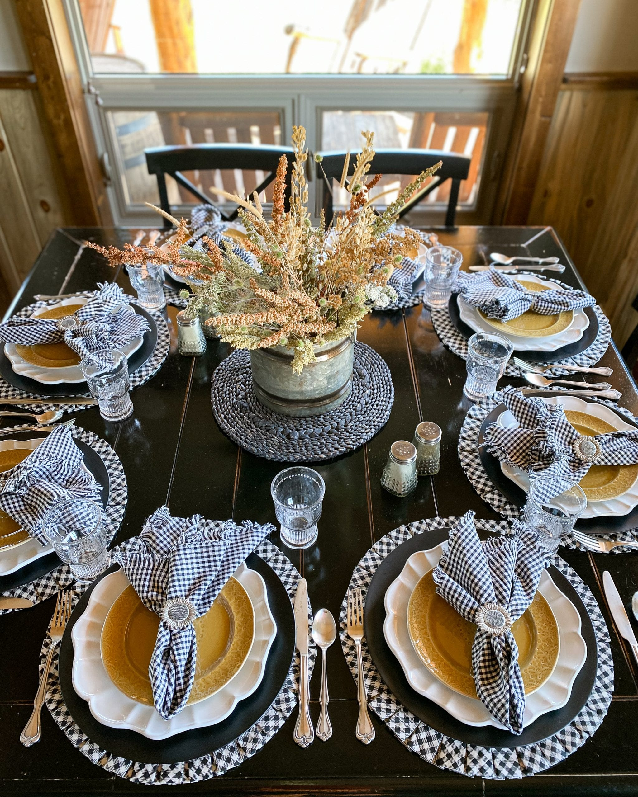 black and white gingham dark yellow tablescape ideas