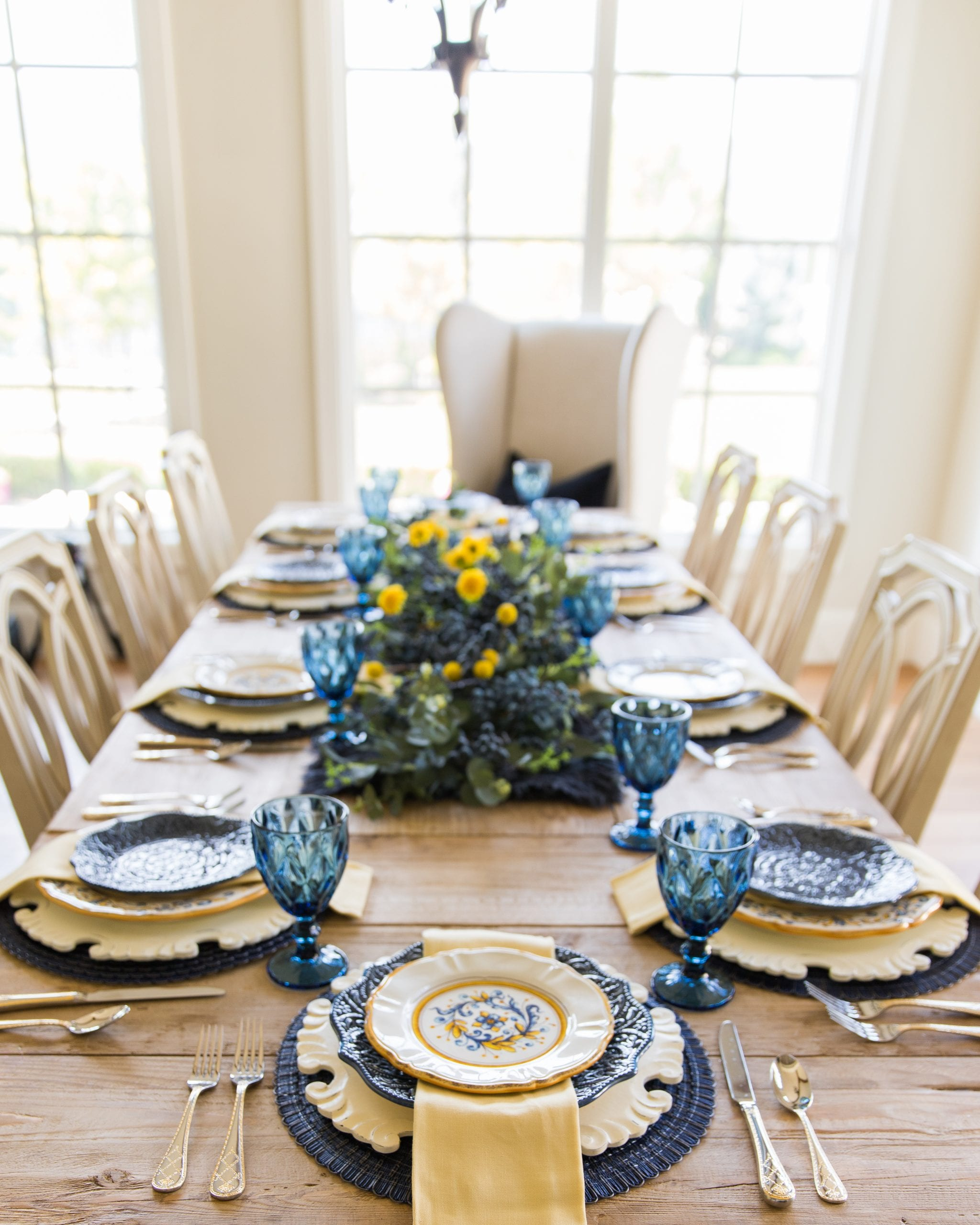 blue yellow table decor
