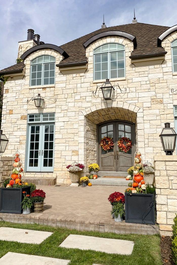 Fall Porch Decor – How To Make Pumpkin Obelisk Towers