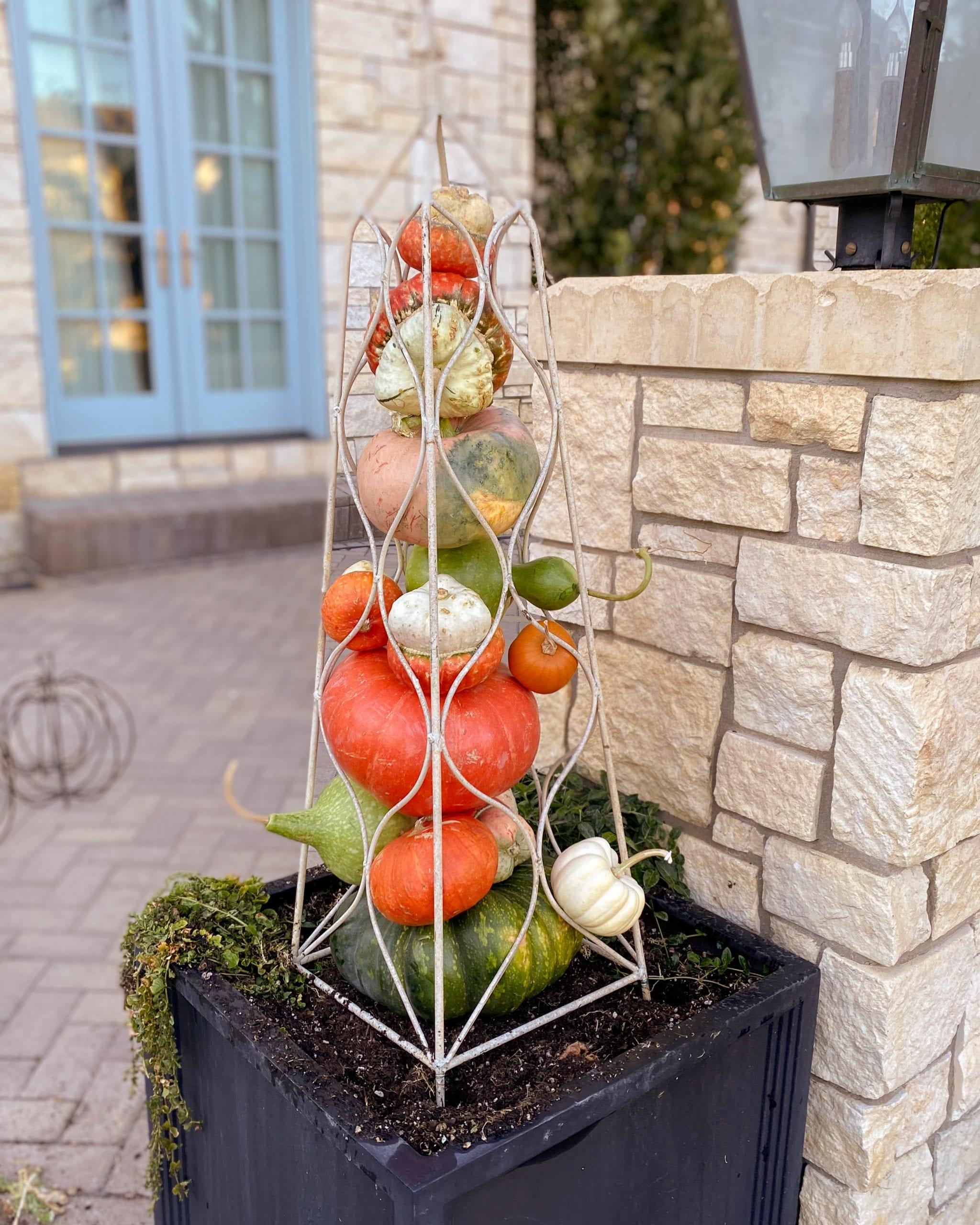 garden obelisk pumpkin tower