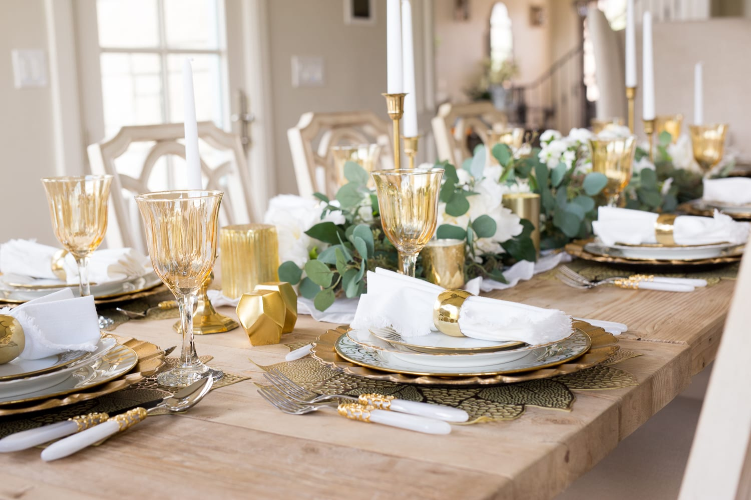 gold white fall table ideas