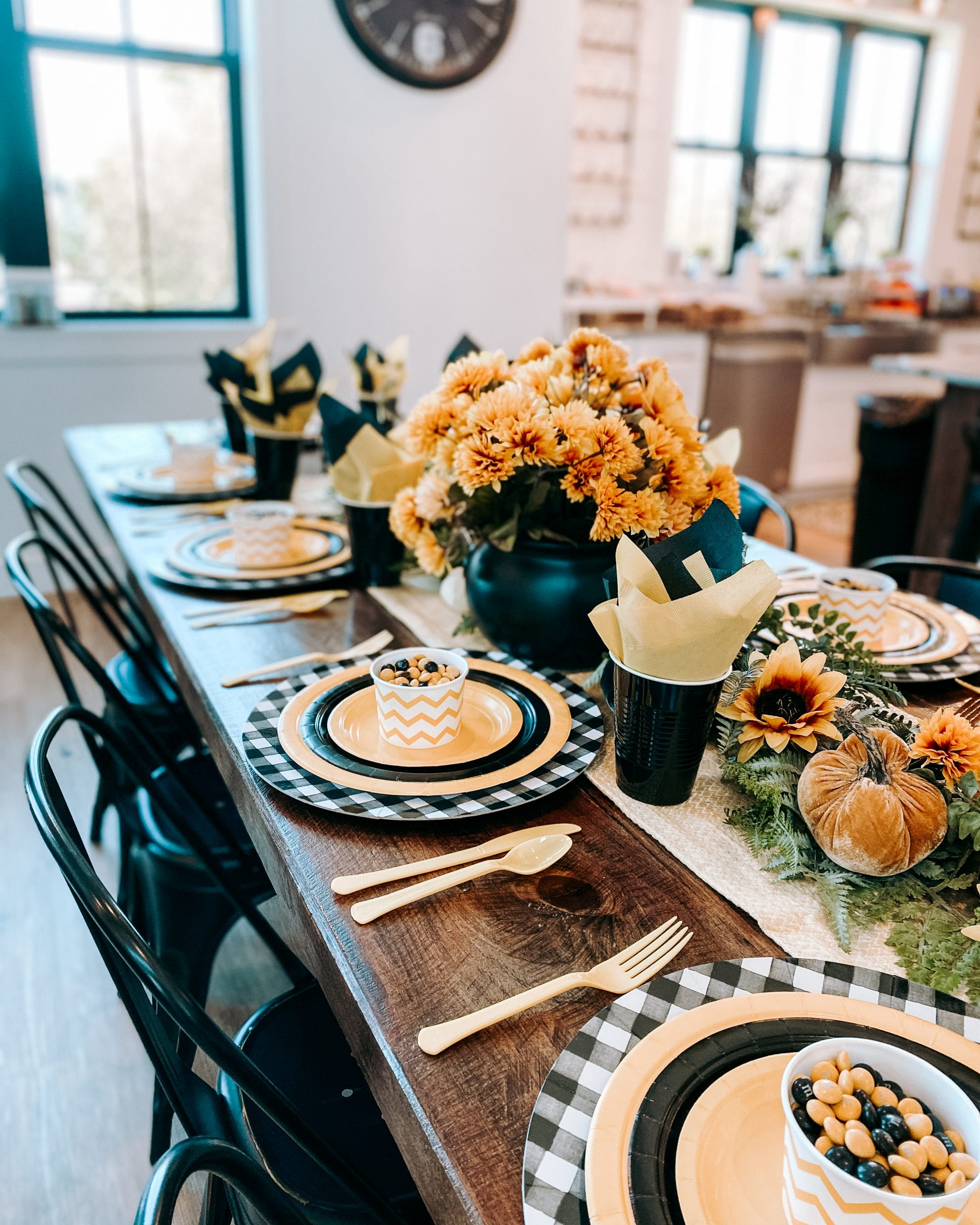 velvet pumpkins fall tablescape