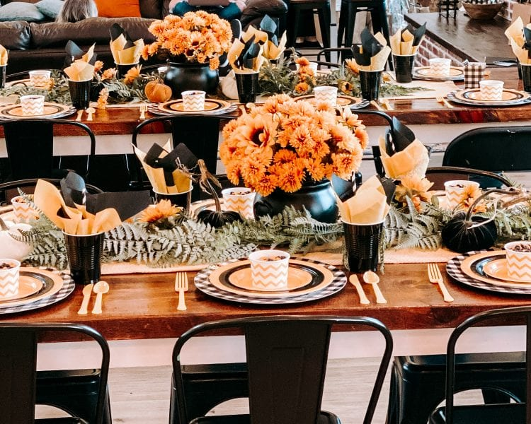 black yellow party table decor