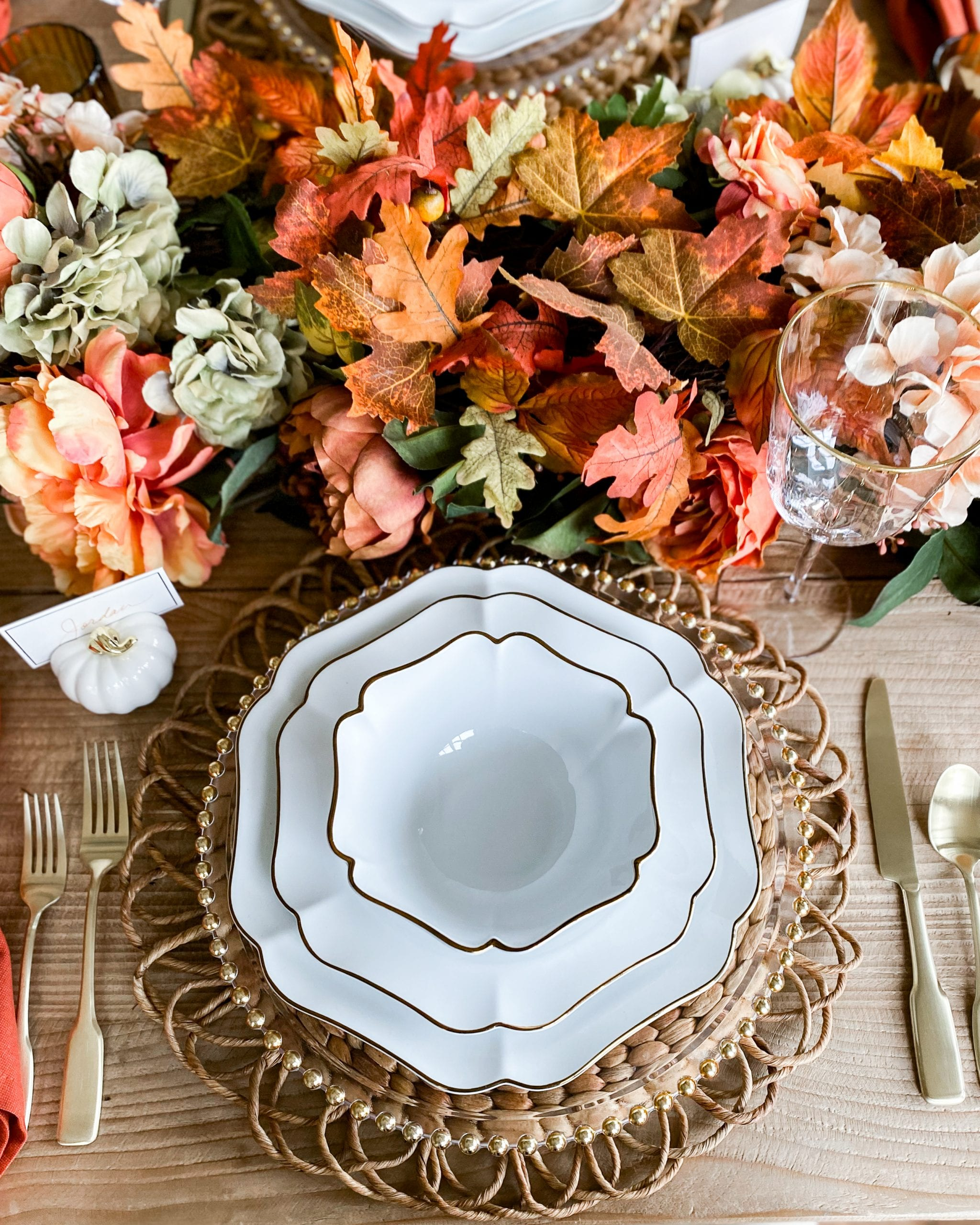 gold and white baroque dinnerware