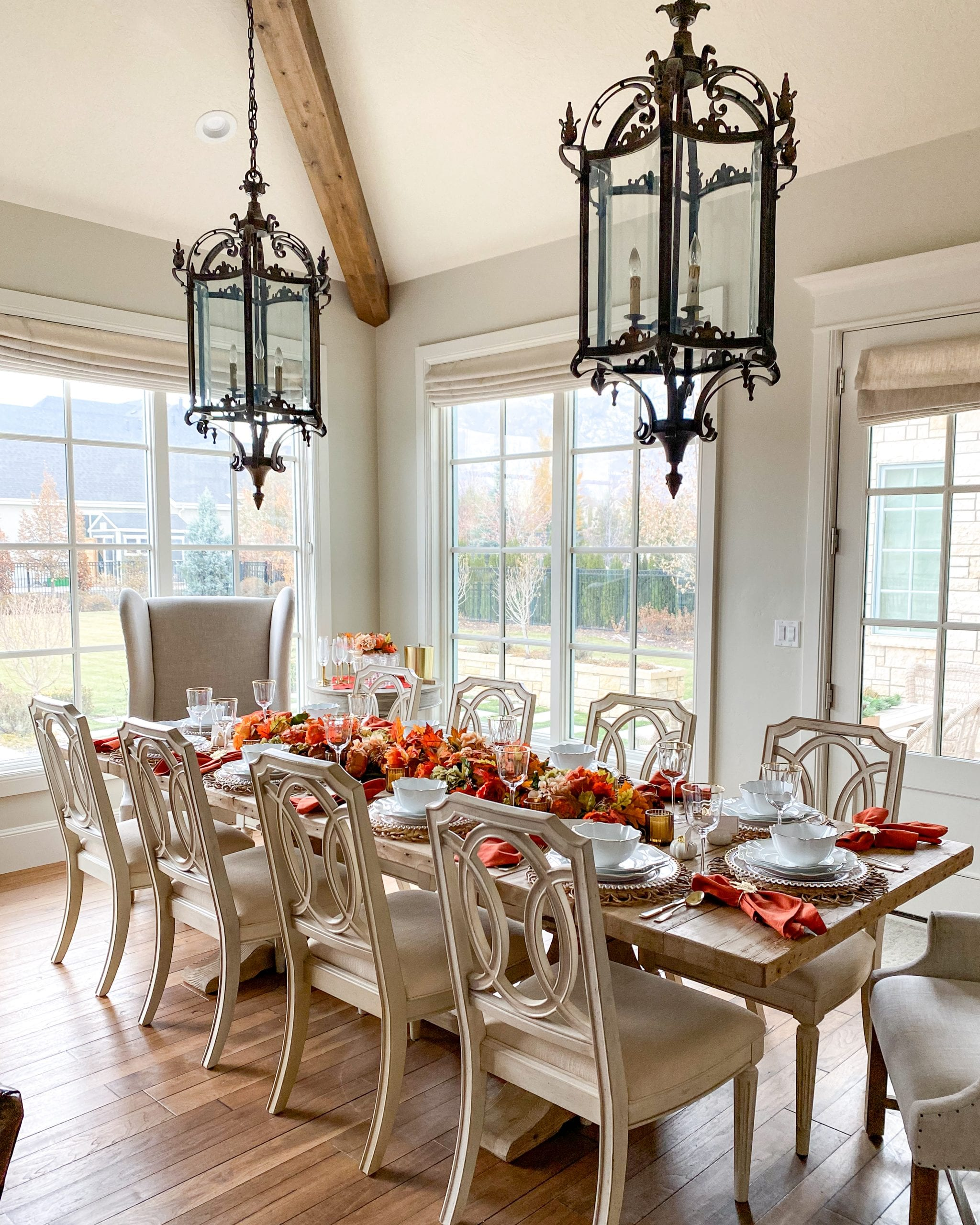 dining table fall decor