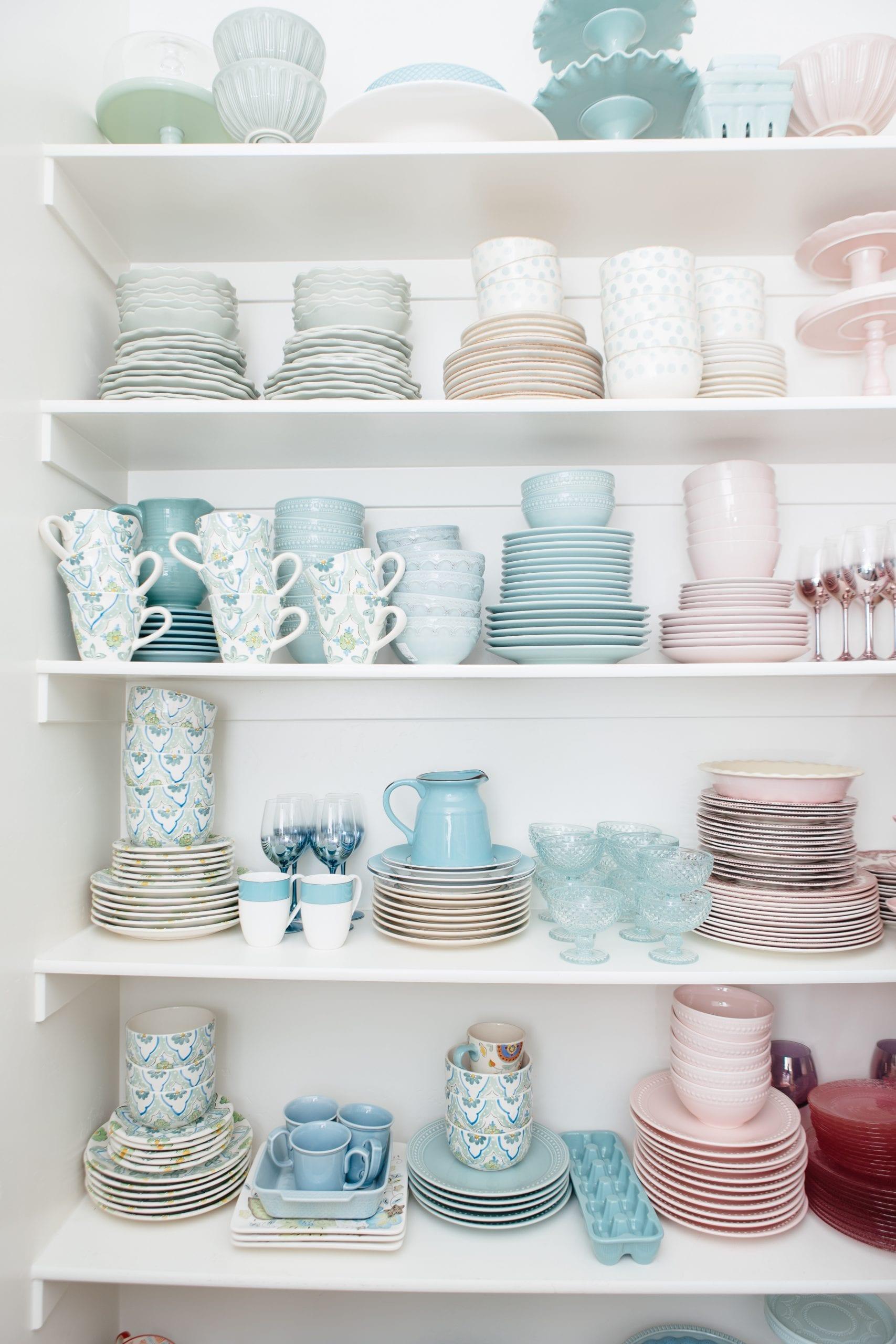 pastel dish collection organization