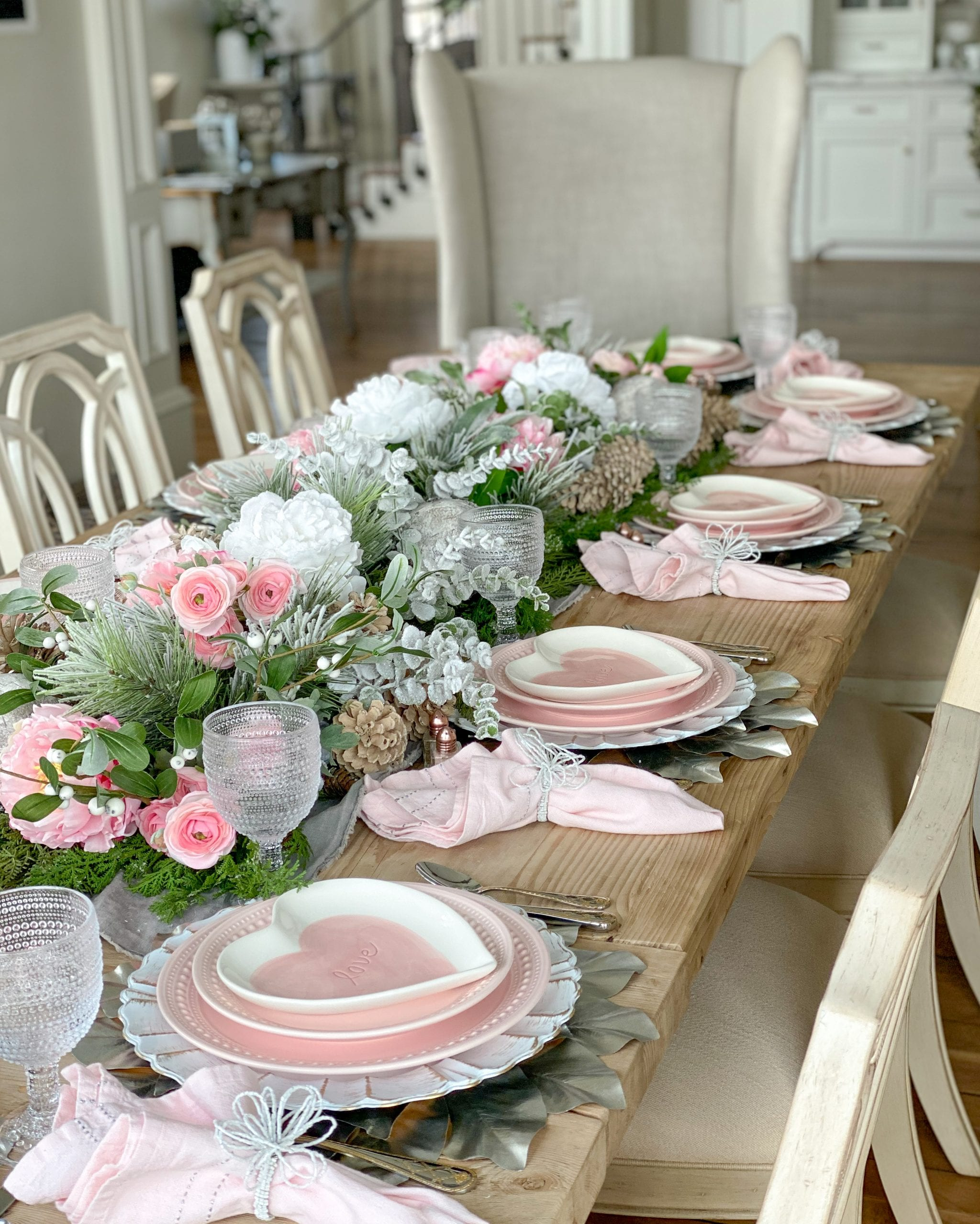 valentines day tablescape inspiration