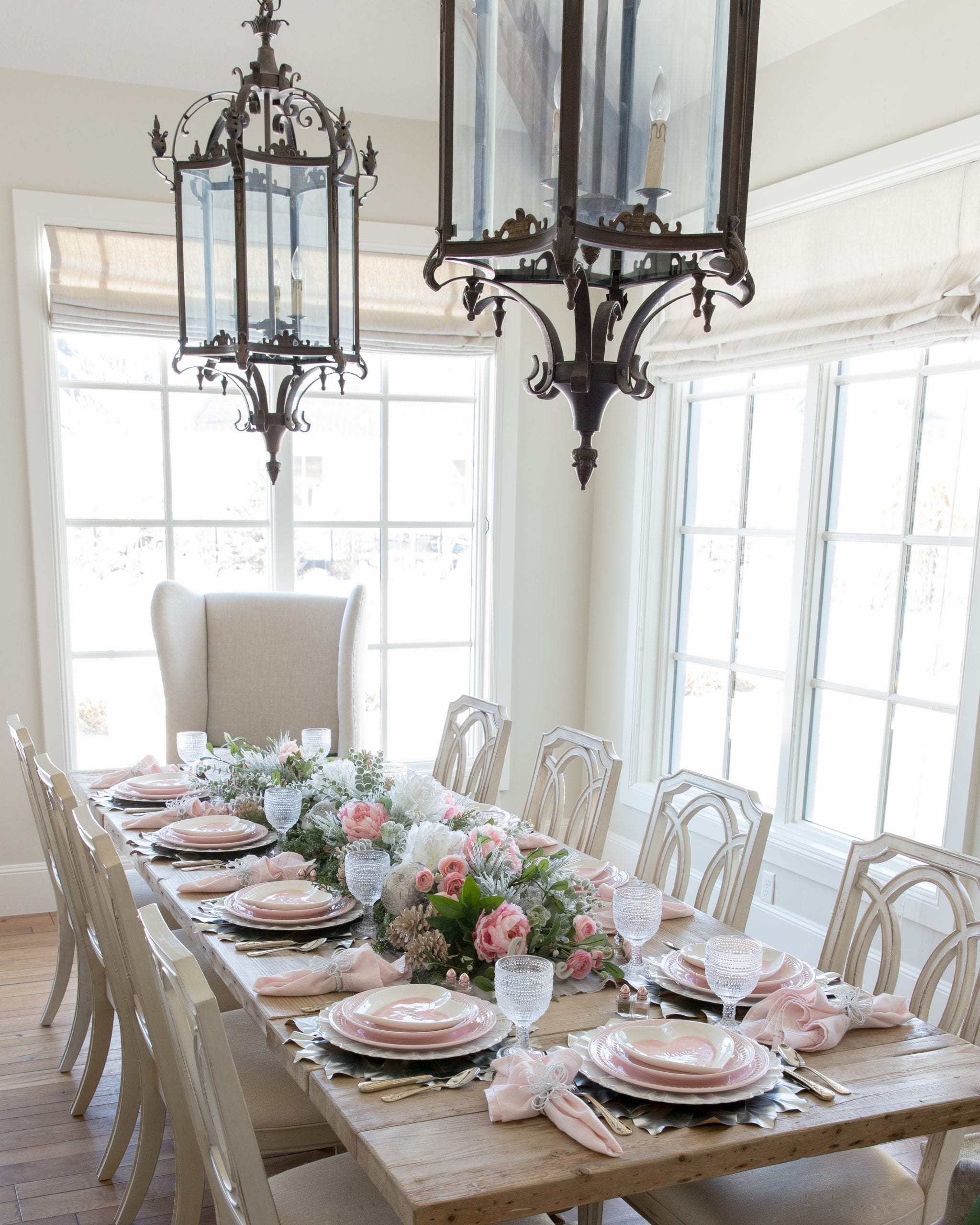 pink valentines day tables
