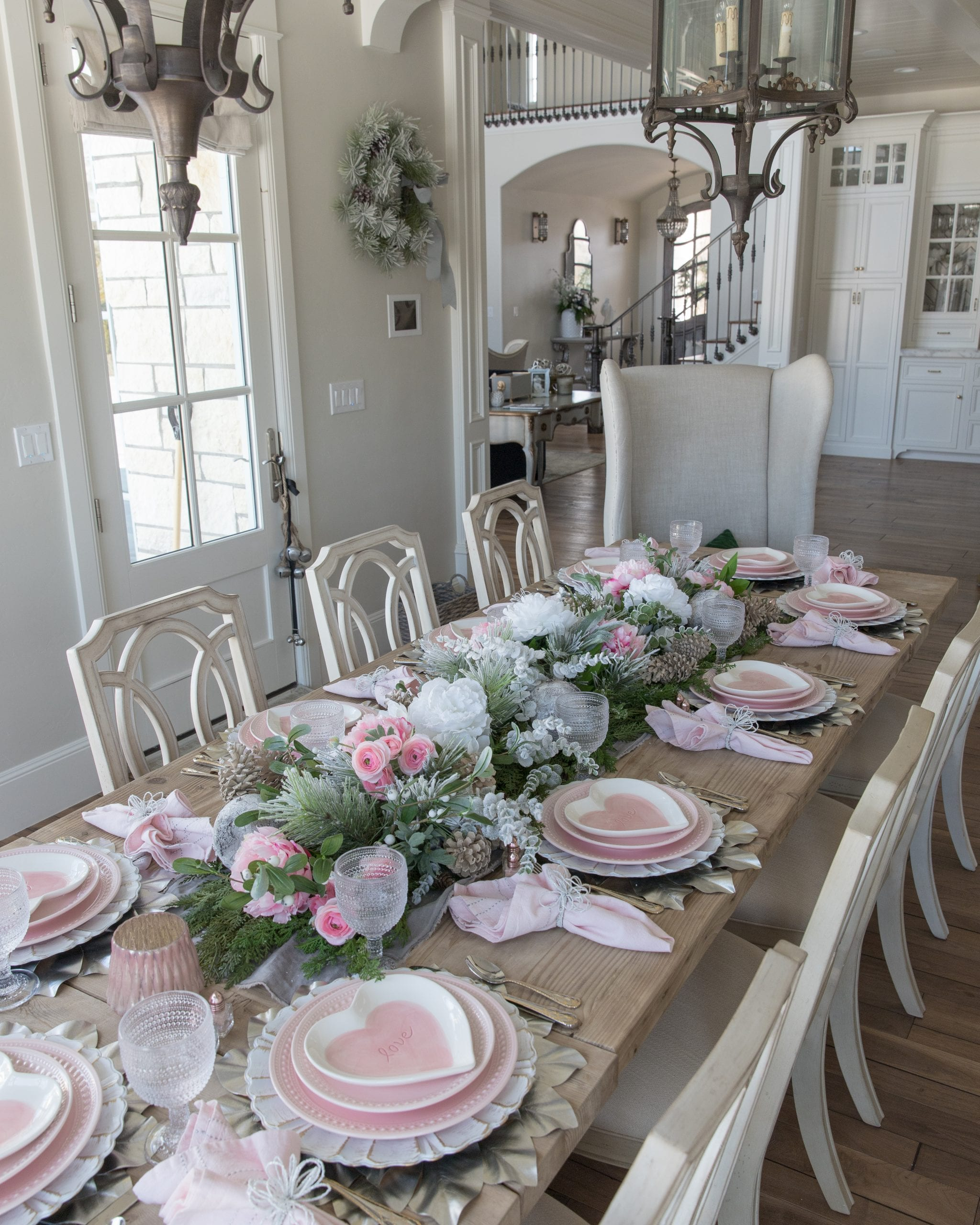 pink valentines table