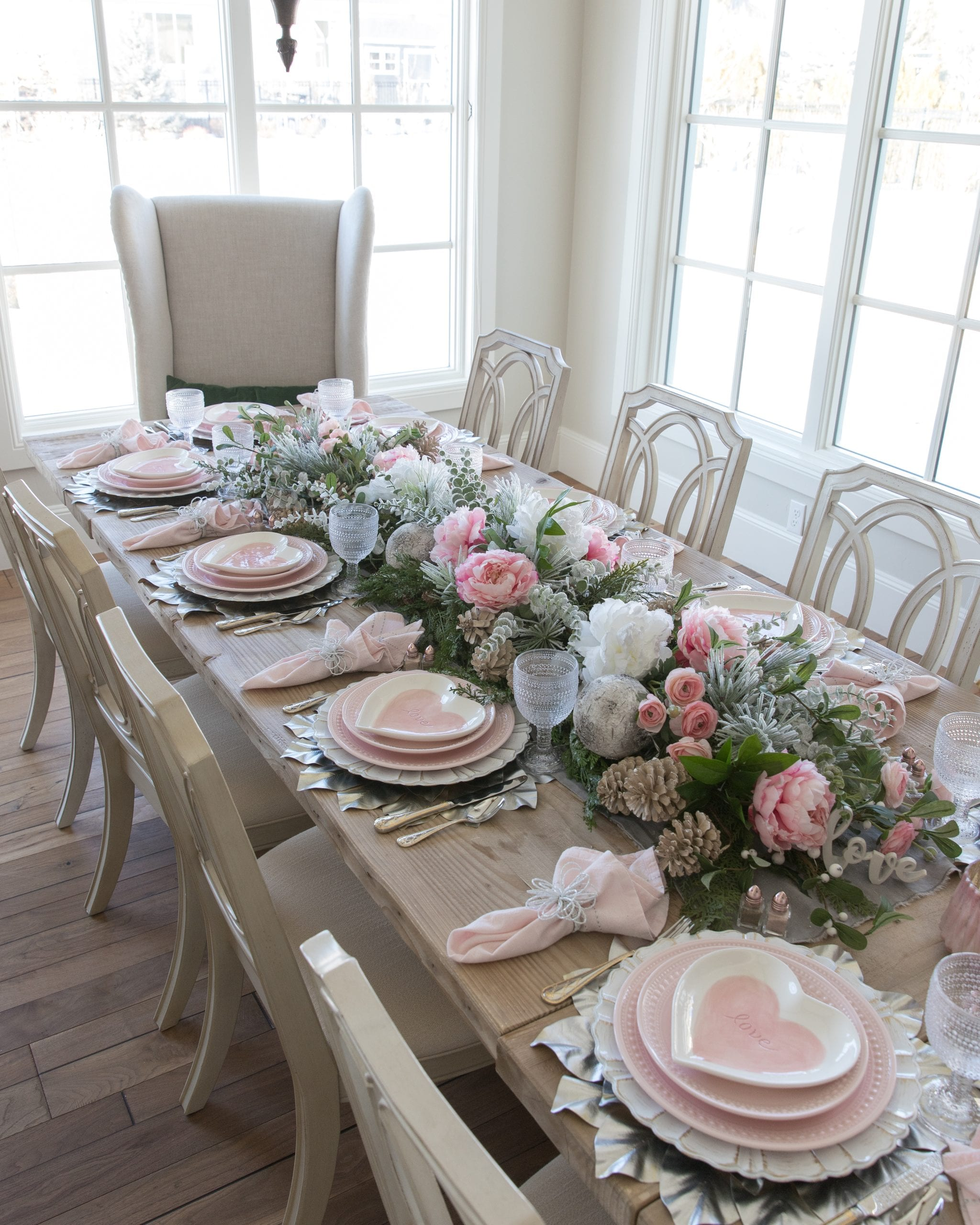 wintery valentines day table