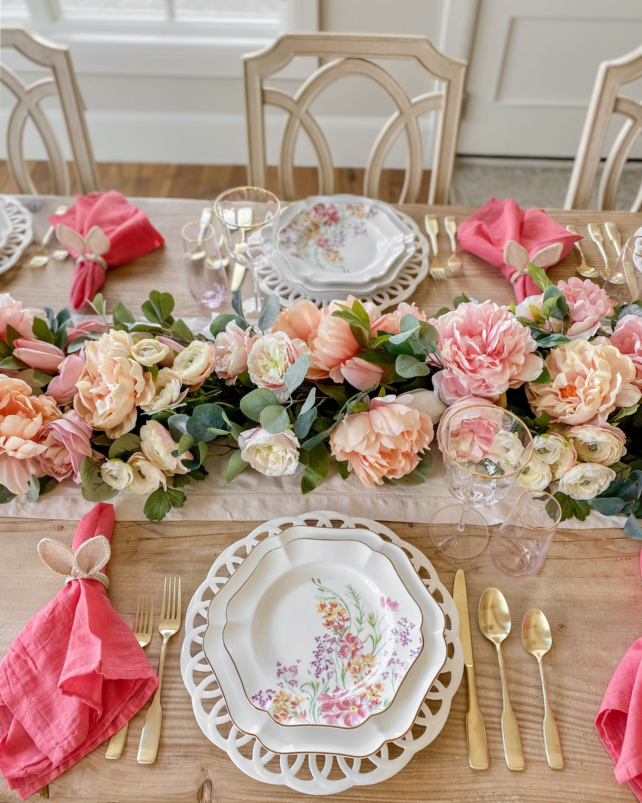 pacesetting easter spring table