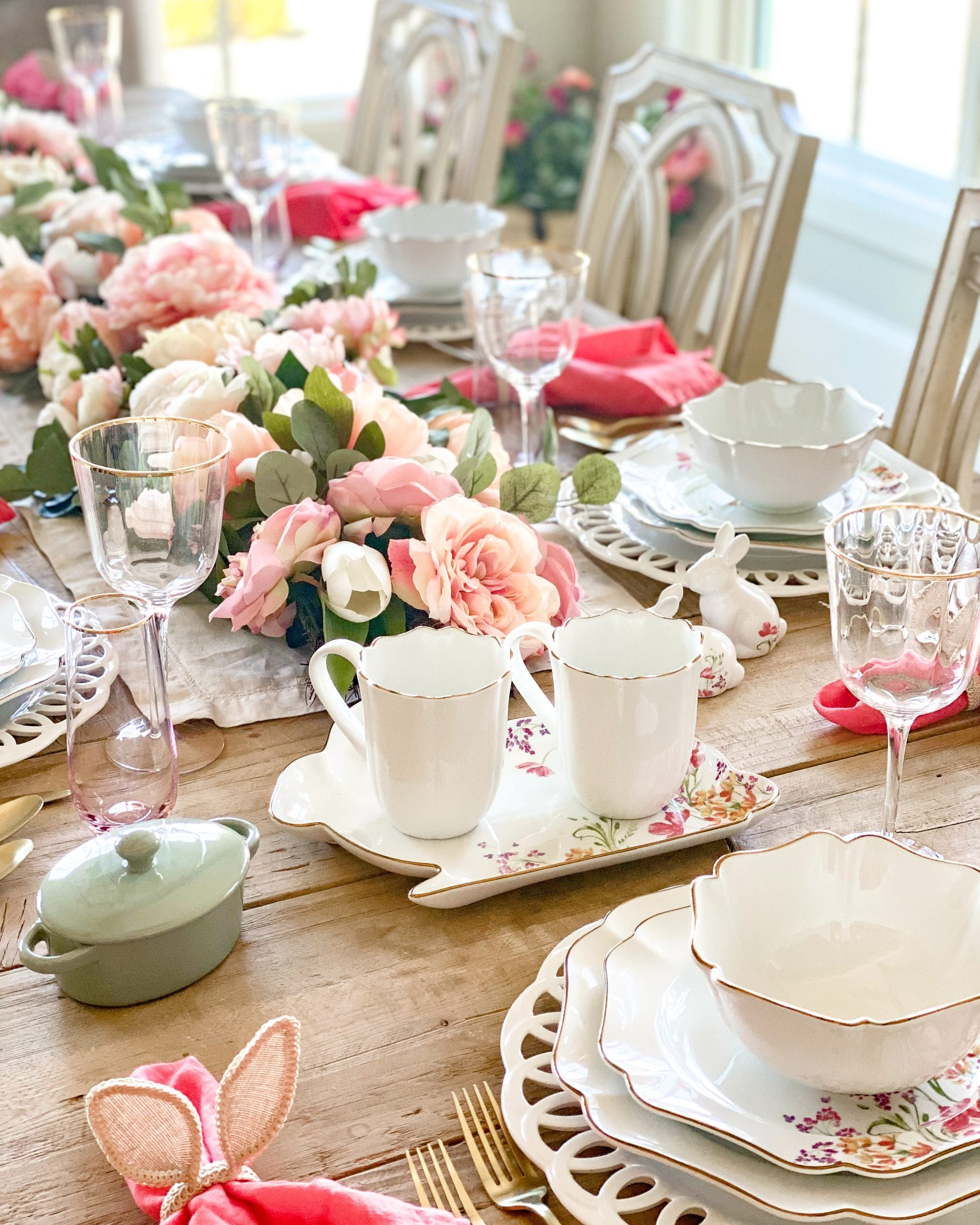 spring floral tableascpe for easter