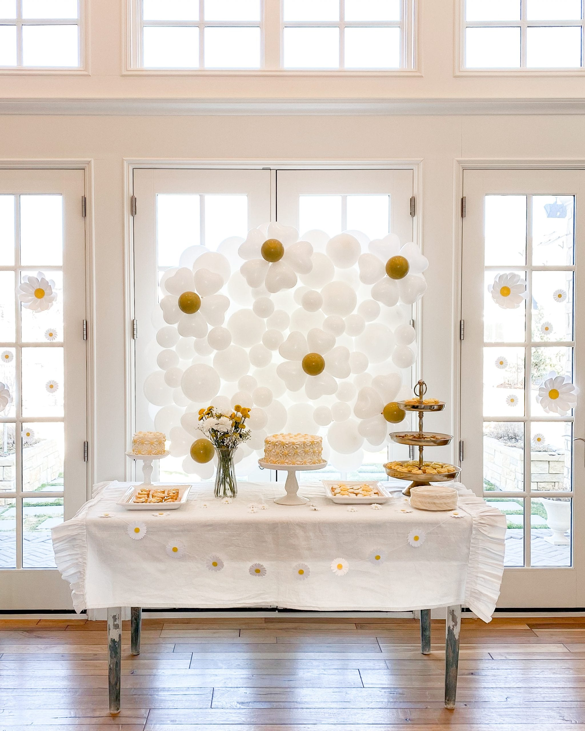 paper daisy decorations