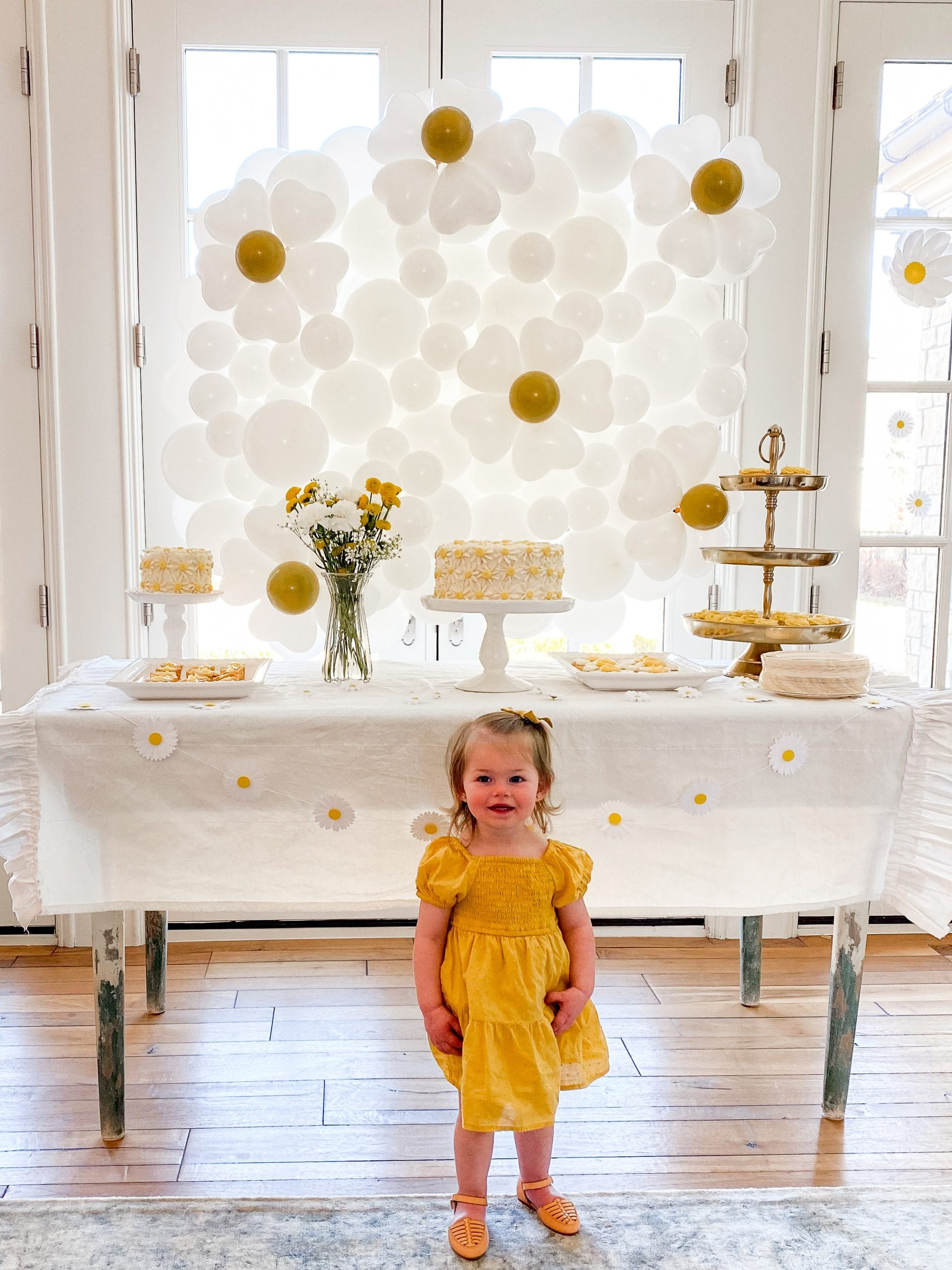 daisy themed baby shower