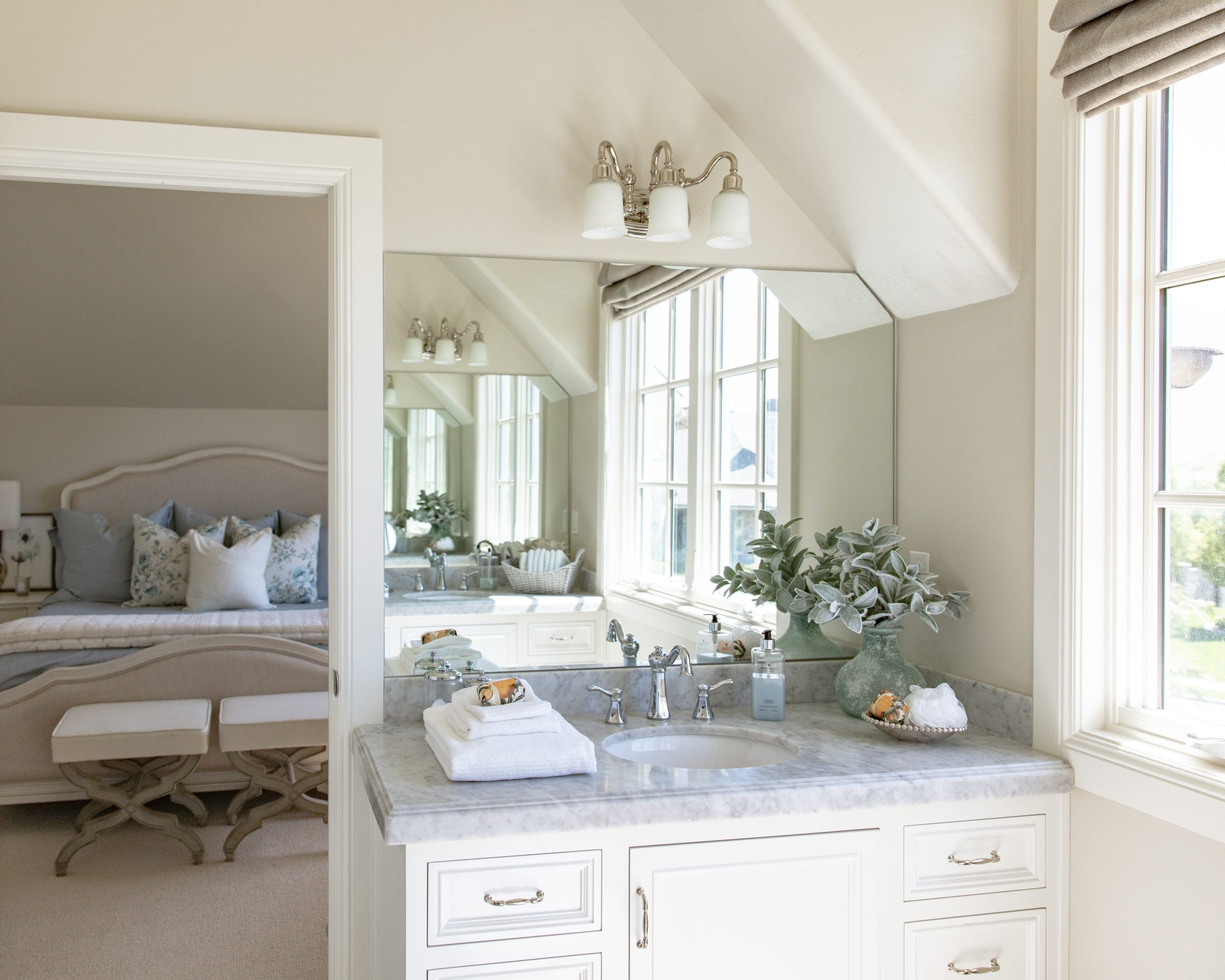 bathroom guest | How To Prepare Your Home For Guests | Home With Holly J