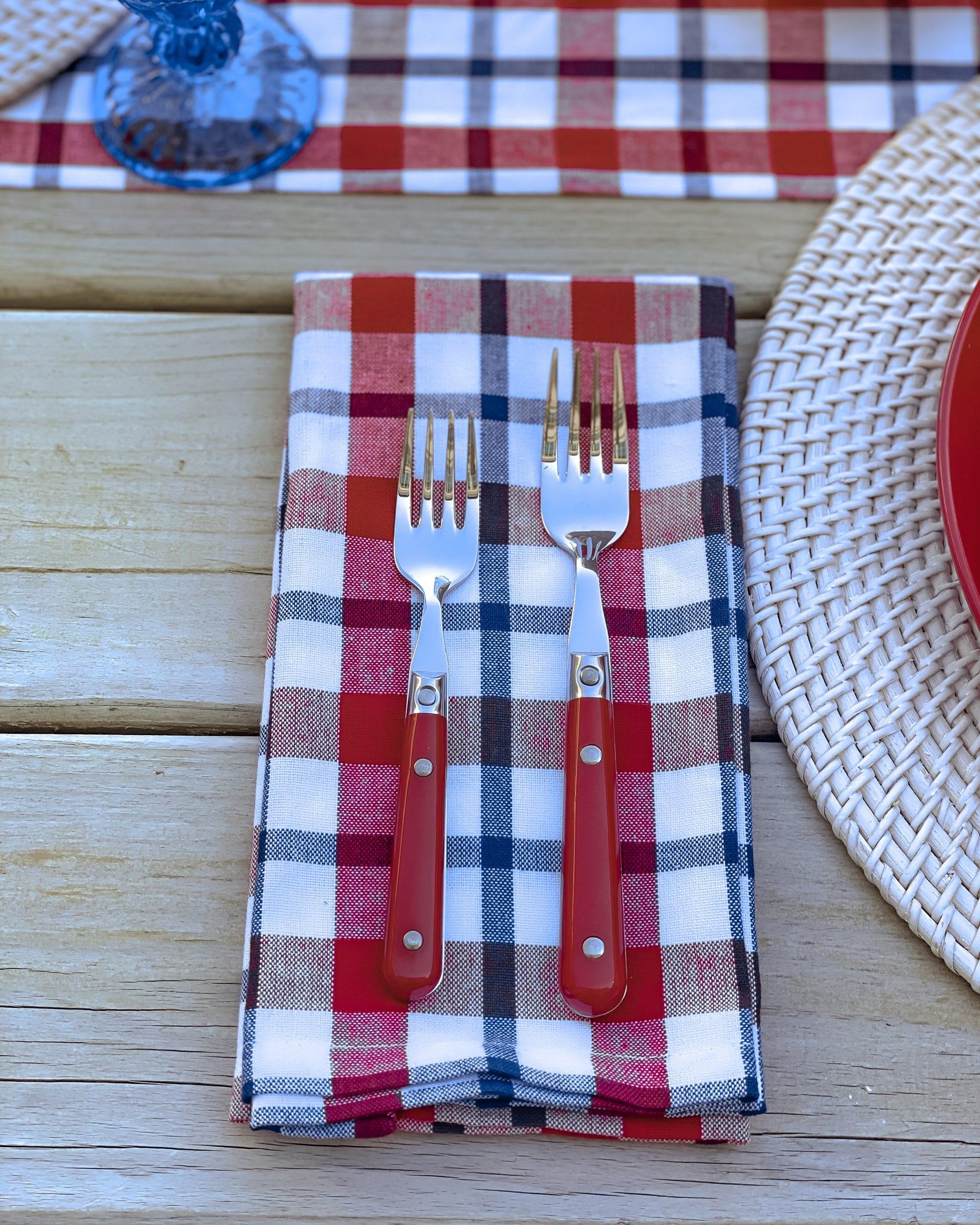 cloth plaid napkins