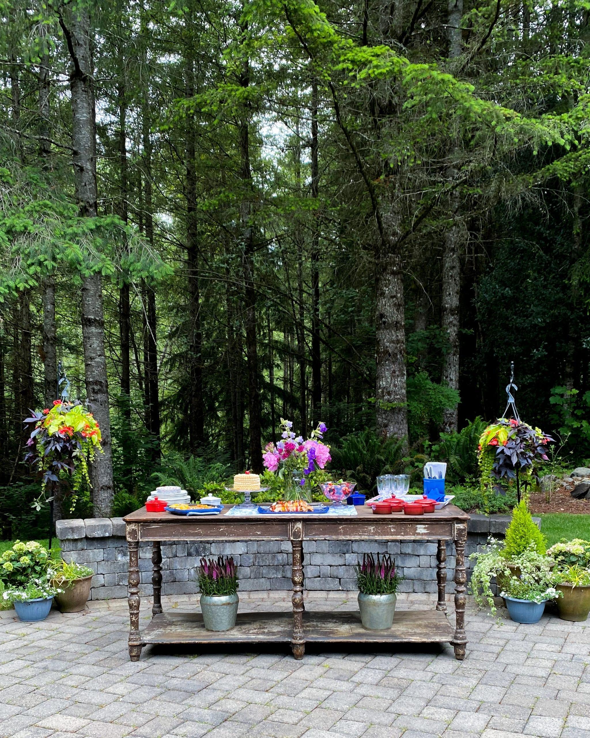 patio garden dining