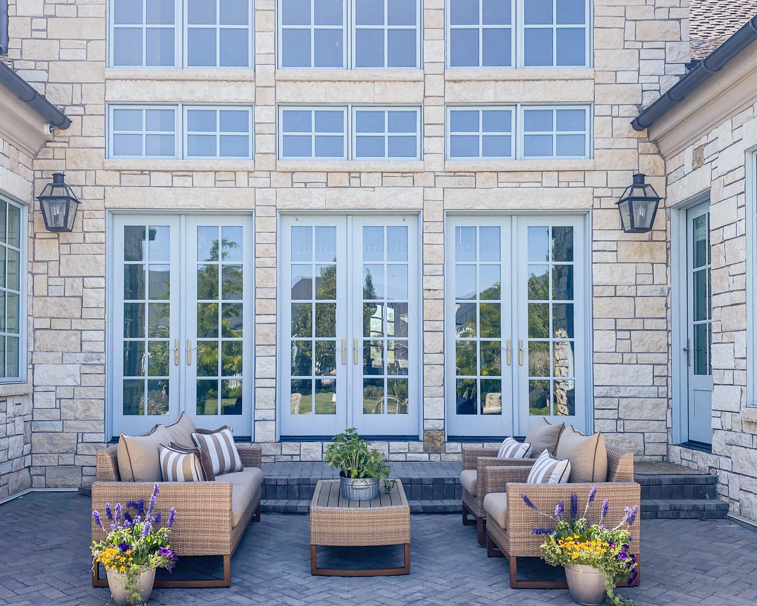 backyard porch patio outdoor furniture