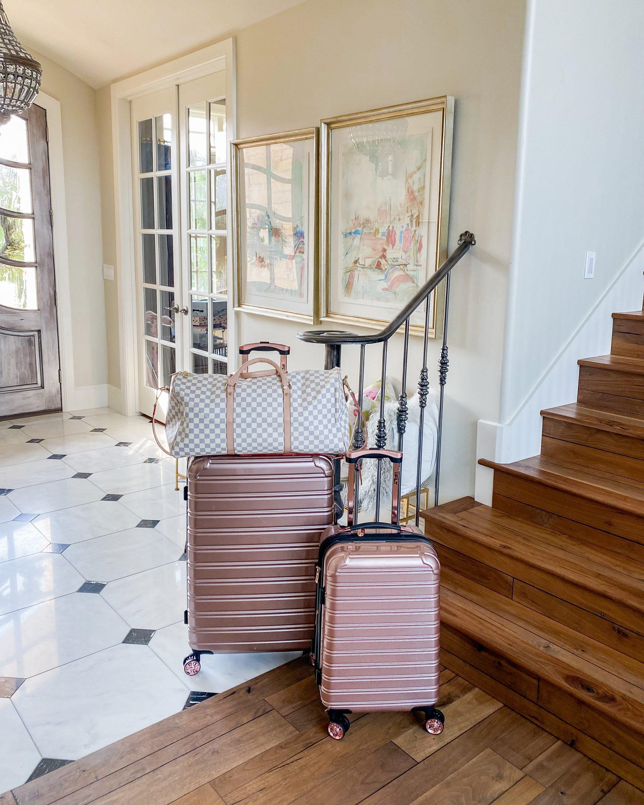 luggage traveling